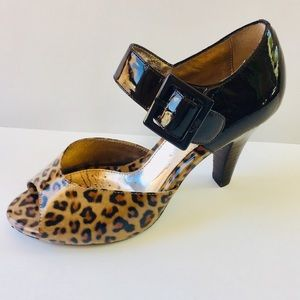 Sofft Patent Leather leopard heels Mary Jane 7 EUC